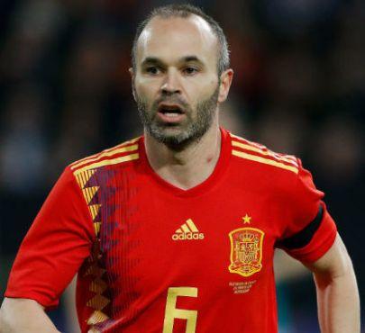 スペイン代表・歴代最強ベストイレブン・フォーメーション・イニエスタ