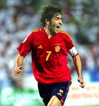スペイン代表・歴代最強ベストイレブン・フォーメーション・ラウル